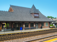 Metra College Avenue UP-W Station