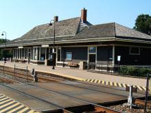 Metra Deerfield Milw-N Station