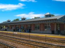 Metra Elmhurst UP-W Station