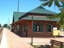 Metra Fox Lake Milw-N Station