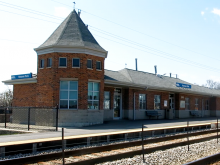 Metra Hanover Park Milw-W Station
