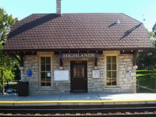 Metra Highlands BNSF Station