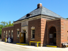 Hubbard Woods UP-N Station