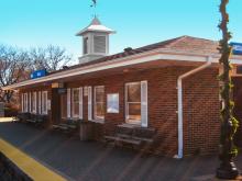 Metra Itasca Milw-W Station