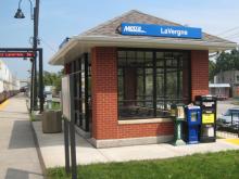 Metra LaVergne BNSF Station