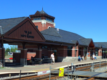 Metra North Glenview Milw-N Station