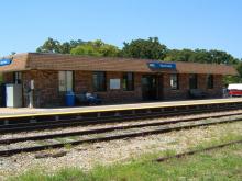 Metra Round Lake Milw-N Station
