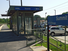 Metra Summit Heritage Station