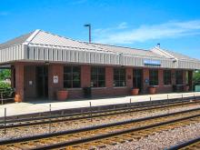 Metra Villa Park UP-W Station